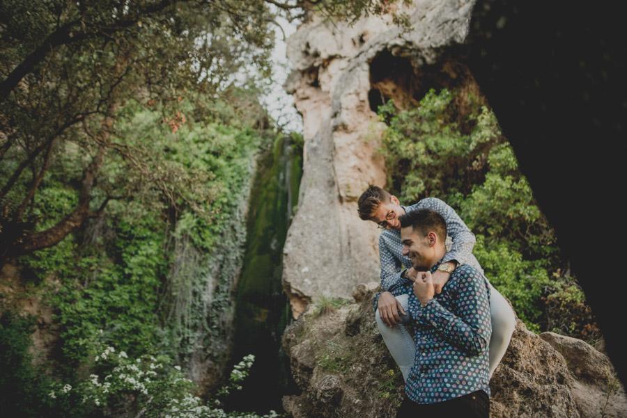 Jesús y Samuel. Pre Boda en la Sierra de Huetor Santillan. Fran Ménez Fotografo de Bodas 6