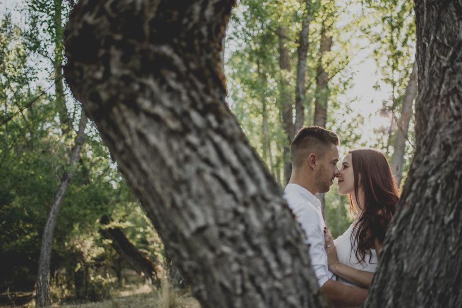 Alicia y Juan. Pre Boda en el Bosque de Huetor Santillan. Fran Ménez Fotografos de Boda 11