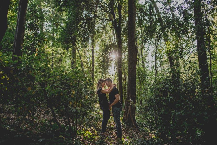 Pre Boda Maria y Nacho. Fotografias de Pre Boda en el Bosque de la Alhambra. Fran Ménez Fotógrafo 11