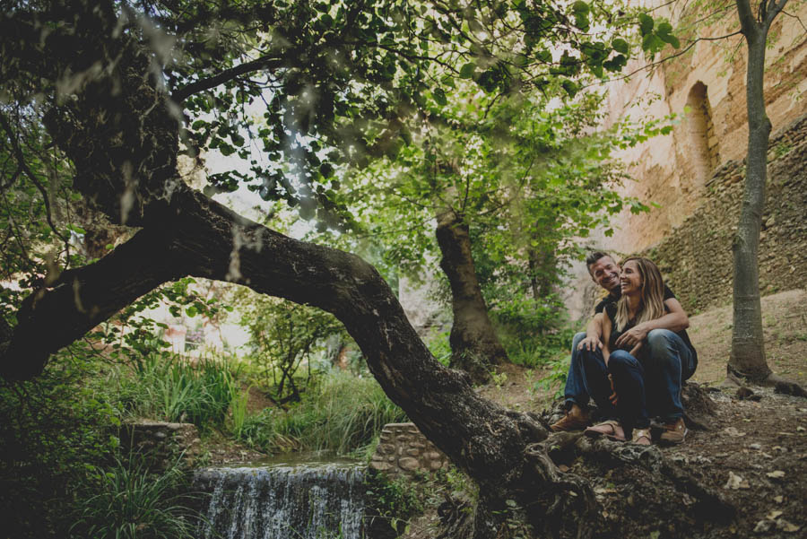 Pre Boda Maria y Nacho. Fotografias de Pre Boda en el Bosque de la Alhambra. Fran Ménez Fotógrafo 2