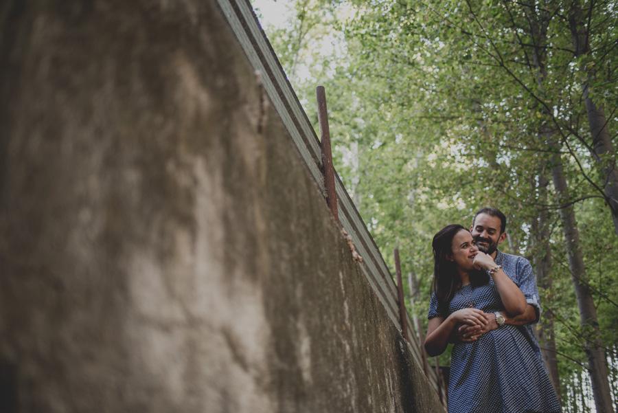 Reportaje de Pareja en el entorno de la Vega de Granada. Carla y Pedro. Fran Ménez Fotógrafo en Granada 11