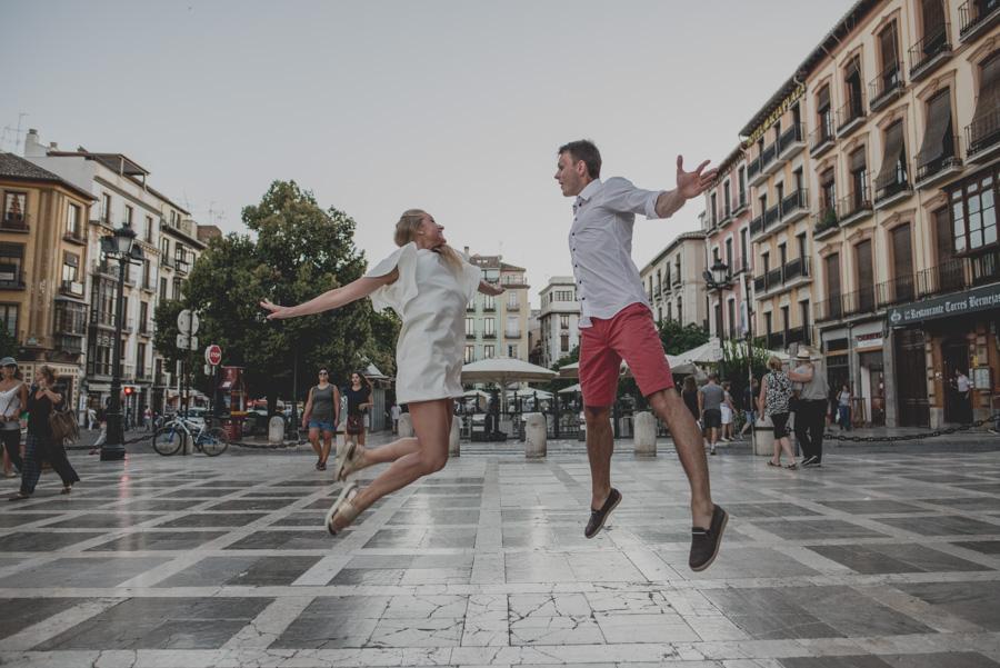 Kamila y Geminidas. Photoshoot in Granada. Couple session in Granada. Fran Ménez Photographer in Granada 10