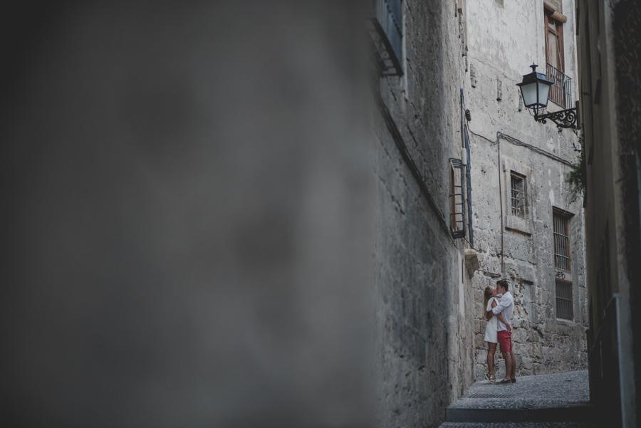 Kamila y Geminidas. Photoshoot in Granada. Couple session in Granada. Fran Ménez Photographer in Granada 12