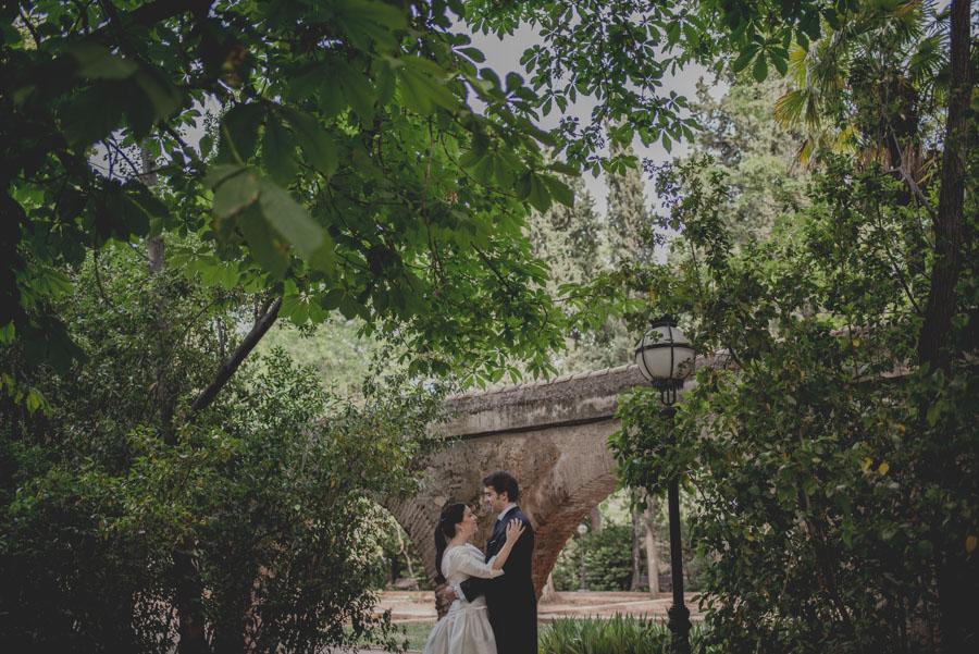Post Boda en los alrededores de la Alhambra. Fran Menez Fotógrafos de Boda en Granada. 6