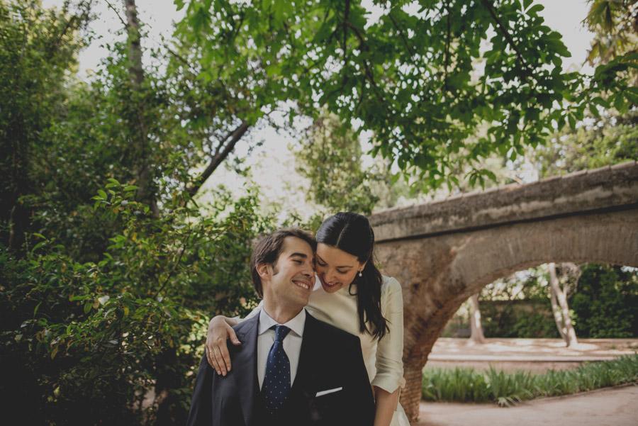 Post Boda en los alrededores de la Alhambra. Fran Menez Fotógrafos de Boda en Granada. 7