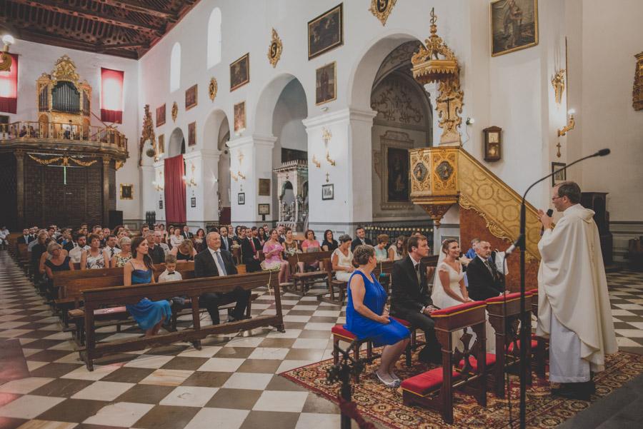 Boda en la Iglesia San Pedro y San Pablo. Celebración en Hotel Santa Paula. Marta y Cameron 26