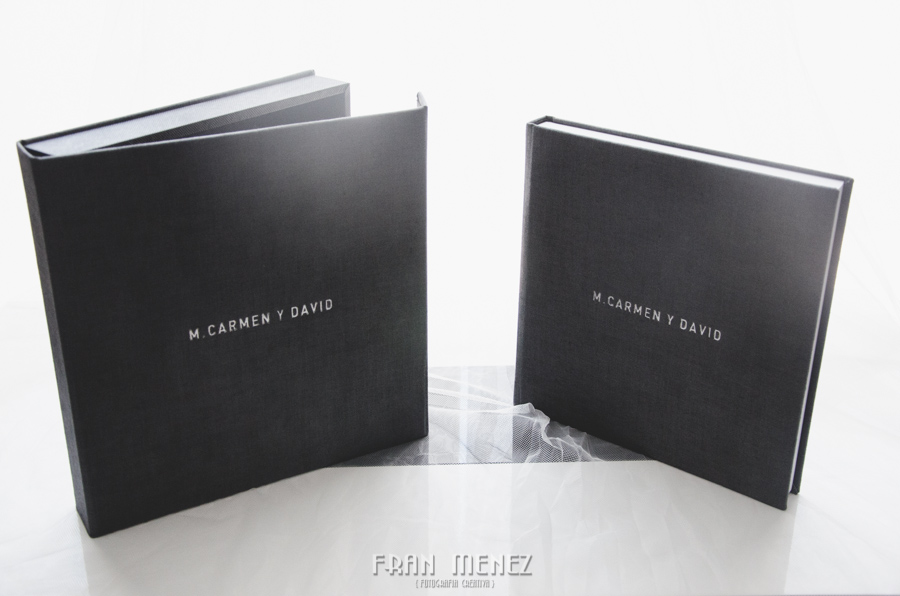 3 Soportes de entrega de fotografías de boda. Fran Ménez, fotógrafo de bodas en Granada, Madrid, Barcelona. Albums de Bodas. Album de Boda. Albums de fotos de Boda.