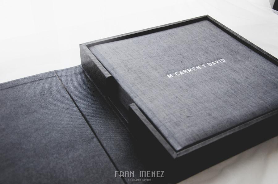 4 Soportes de entrega de fotografías de boda. Fran Ménez, fotógrafo de bodas en Granada, Madrid, Barcelona. Albums de Bodas. Album de Boda. Albums de fotos de Boda.