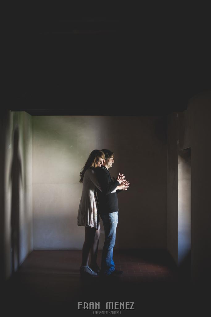 15 Fotografos de Pre Bodas en Granada. Fotografos de Pre Bodas Granada. Fotografos Pre Bodas Granada. Fotografias de Pre Boda Palacio Dar Al Horra. El Banuelo. Termas Arabes. Albaicin. Paseo de los Tristes