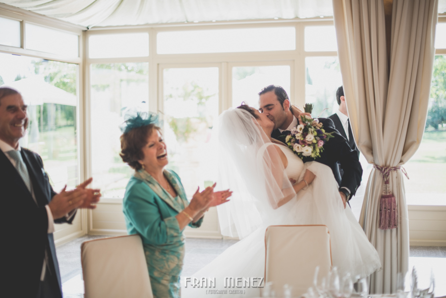 137 Fotografo de Bodas. Fran Ménez. Fotografía de Bodas Distintas, Naturales, Vintage, Vivertidas. Weddings Photographers. Fotoperiodismo de Bodas. Wedding Photojournalism