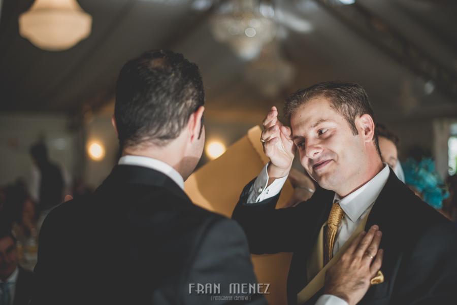 153 Fotografo de Bodas. Fran Ménez. Fotografía de Bodas Distintas, Naturales, Vintage, Vivertidas. Weddings Photographers. Fotoperiodismo de Bodas. Wedding Photojournalism