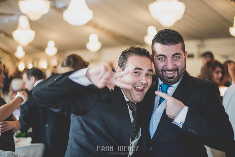171 Fotografo de Bodas. Fran Ménez. Fotografía de Bodas Distintas, Naturales, Vintage, Vivertidas. Weddings Photographers. Fotoperiodismo de Bodas. Wedding Photojournalism