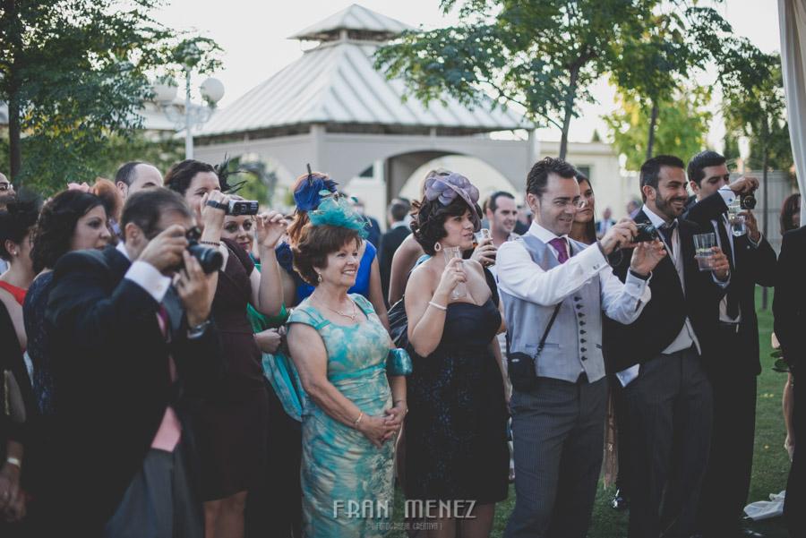 214 Fotografo de Bodas. Fran Ménez. Fotografía de Bodas Distintas, Naturales, Vintage, Vivertidas. Weddings Photographers. Fotoperiodismo de Bodas. Wedding Photojournalism