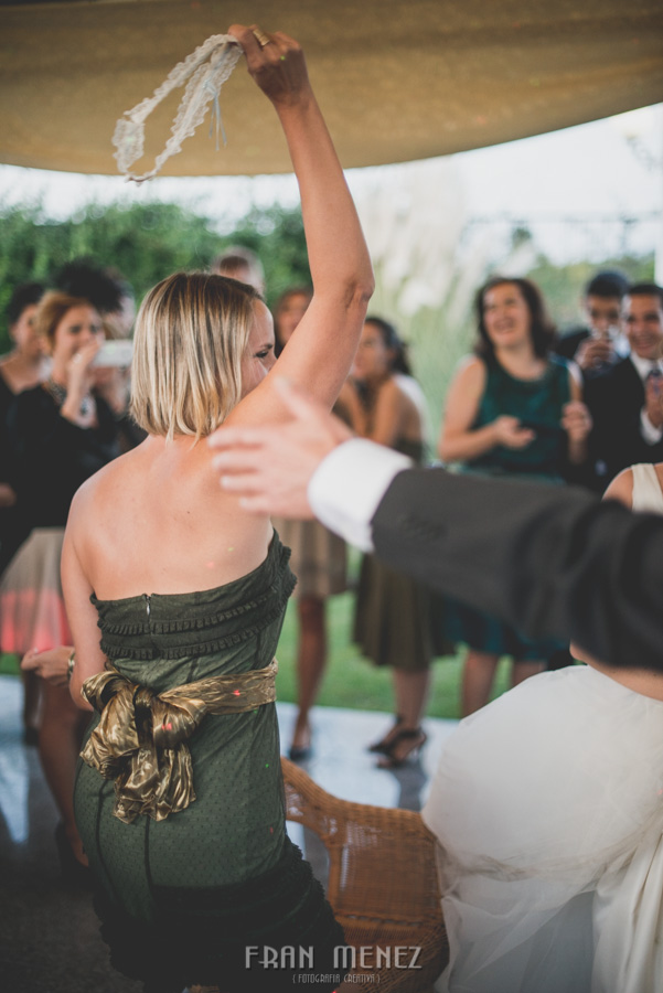 239 Fotografo de Bodas. Fran Ménez. Fotografía de Bodas Distintas, Naturales, Vintage, Vivertidas. Weddings Photographers. Fotoperiodismo de Bodas. Wedding Photojournalism