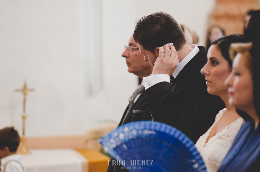 78b Fran Menez Fotografo de Bodas en Huetor Tajar, Salar, Loja, Granada. Fotoperiodismo de Boda. Weddings Photographer. Weddings Photojournalism
