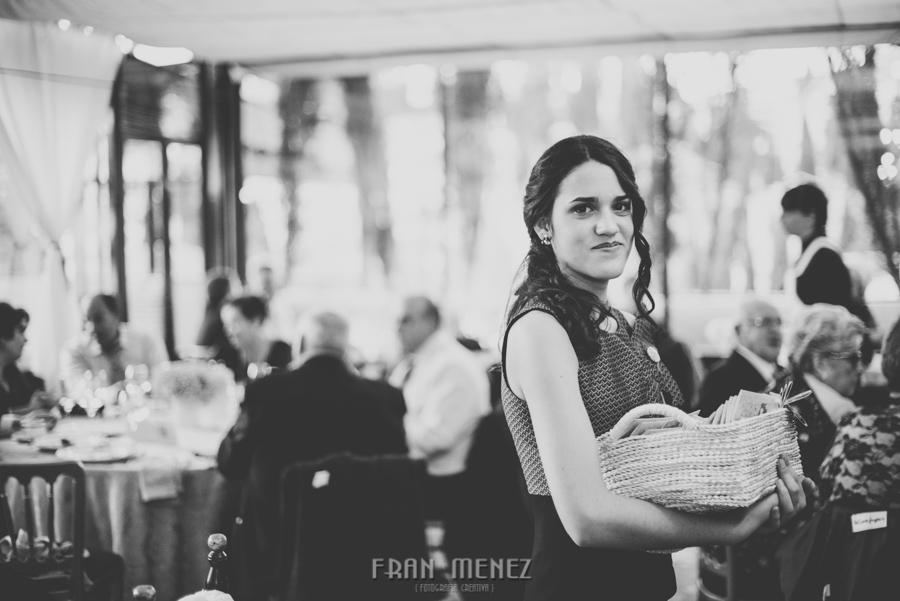 155a Fran Ménez. Fotógrafo de Bodas. Fotógrafo en Granada, Madrid, Malaga, Barcelona. Fotografias de Bodas Diferentes, Originales, Vintage, Naturales, Espontaneas. Weddings Photographer. Fotoperiodismo de Bodas
