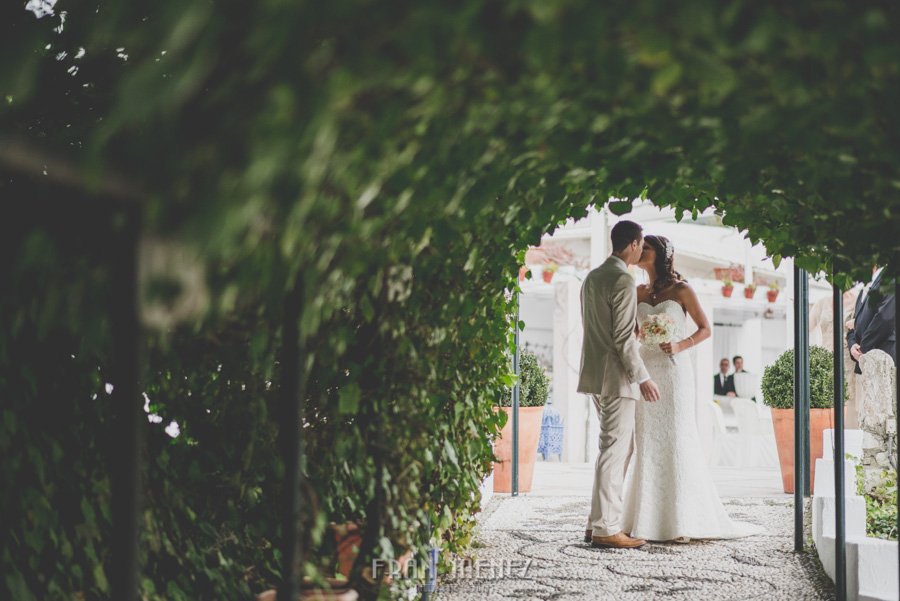 120 Weddings Photographer Fran Menez. Weddings Photographer in Granada, Spain. Destination Weddings Photopgrapher. Weddings Photojournalism. Vintage Weddings. Different Weddings in Granada