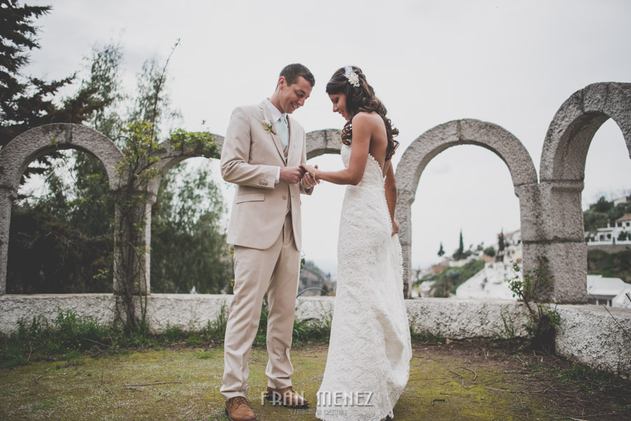 127 Weddings Photographer Fran Menez. Weddings Photographer in Granada, Spain. Destination Weddings Photopgrapher. Weddings Photojournalism. Vintage Weddings. Different Weddings in Granada