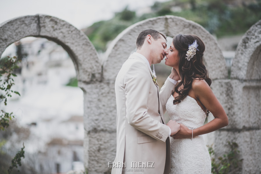 129 Weddings Photographer Fran Menez. Weddings Photographer in Granada, Spain. Destination Weddings Photopgrapher. Weddings Photojournalism. Vintage Weddings. Different Weddings in Granada