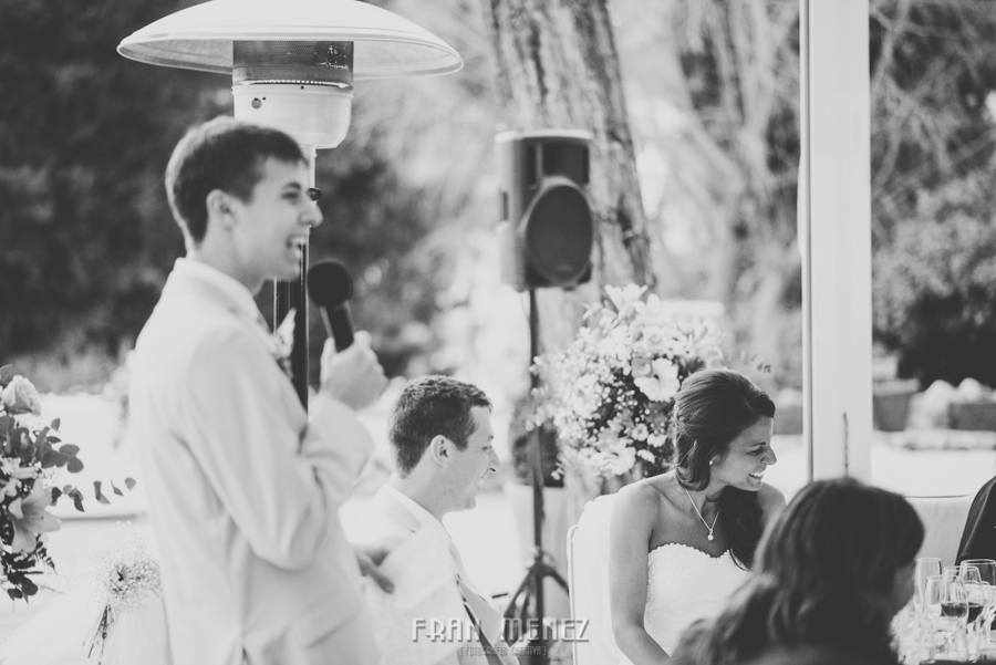 208 Weddings Photographer Fran Menez. Weddings Photographer in Granada, Spain. Destination Weddings Photopgrapher. Weddings Photojournalism. Vintage Weddings. Different Weddings in Granada