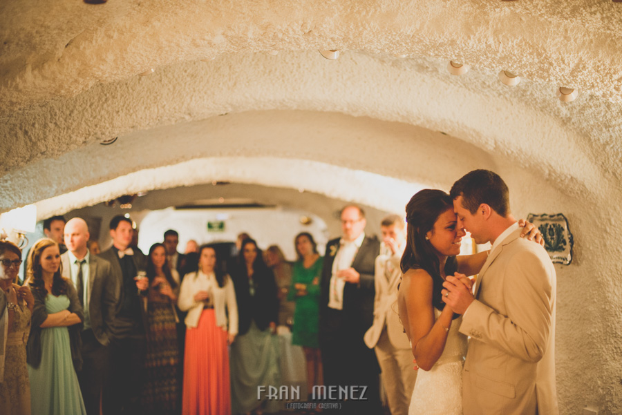 240 Weddings Photographer Fran Menez. Weddings Photographer in Granada, Spain. Destination Weddings Photopgrapher. Weddings Photojournalism. Vintage Weddings. Different Weddings in Granada