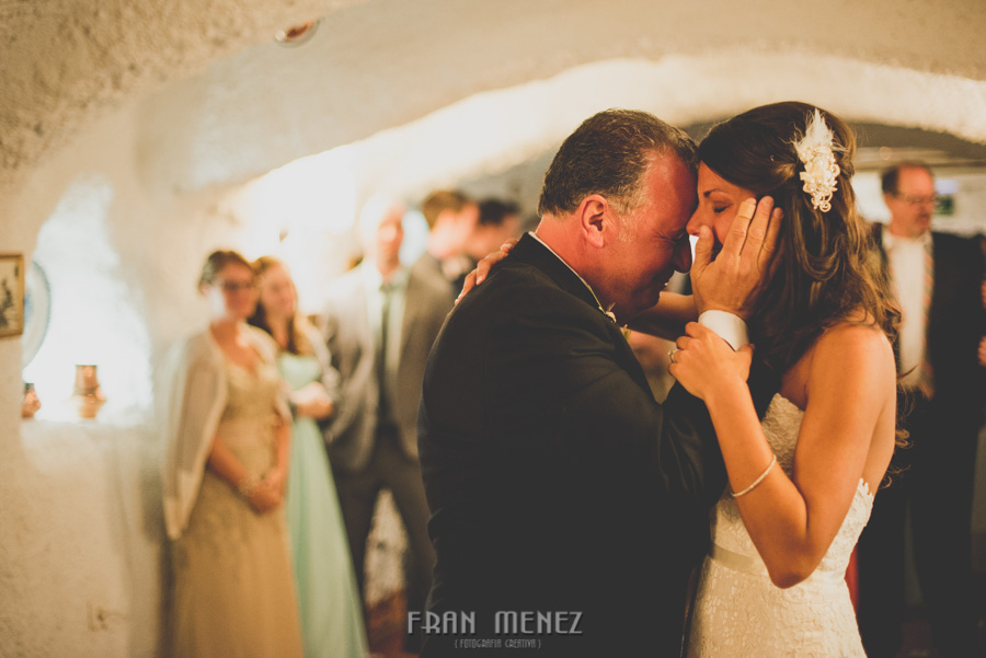 246 Weddings Photographer Fran Menez. Weddings Photographer in Granada, Spain. Destination Weddings Photopgrapher. Weddings Photojournalism. Vintage Weddings. Different Weddings in Granada