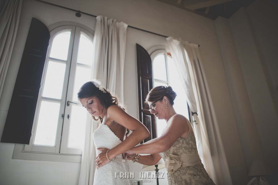 66 Weddings Photographer Fran Menez. Weddings Photographer in Granada, Spain. Destination Weddings Photopgrapher. Weddings Photojournalism. Vintage Weddings. Different Weddings in Granada