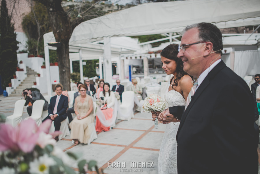 94 Weddings Photographer Fran Menez. Weddings Photographer in Granada, Spain. Destination Weddings Photopgrapher. Weddings Photojournalism. Vintage Weddings. Different Weddings in Granada