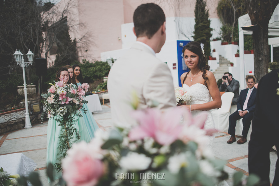 96 Weddings Photographer Fran Menez. Weddings Photographer in Granada, Spain. Destination Weddings Photopgrapher. Weddings Photojournalism. Vintage Weddings. Different Weddings in Granada