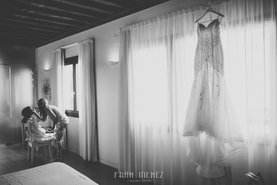 Fran Ménez Fotógrafo de Bodas en Granada. Iglesia de San Pablo y San Pedro. Carmen de los Chapiteles. Fotografía de Boda. 17
