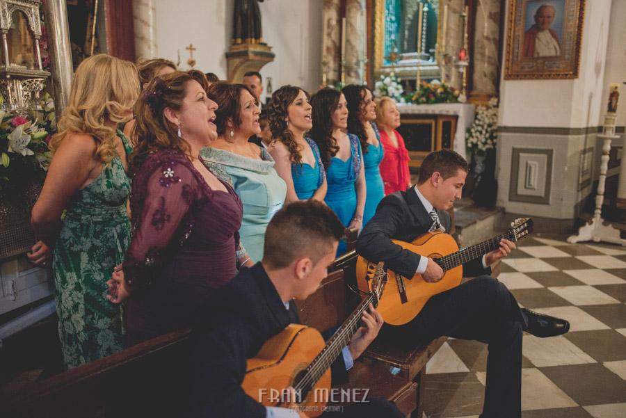 Fran Ménez Fotógrafo de Bodas en Granada. Iglesia de San Pablo y San Pedro. Carmen de los Chapiteles. Fotografía de Boda. 84