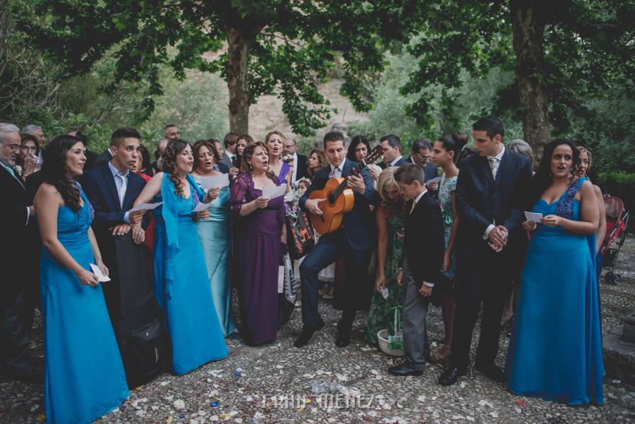 Fran Ménez Fotógrafo de Bodas en Granada. Iglesia de San Pablo y San Pedro. Carmen de los Chapiteles. Fotografía de Boda. 93
