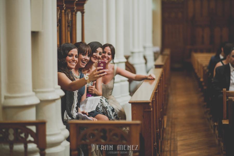 Fotografia de Bodas en Granada. Fotografo de Bodas diferentes. Fran Ménez. Huerta del Sello e Iglesia Sagrado Corazón. Boda de Bea y Miguel Angel. 43