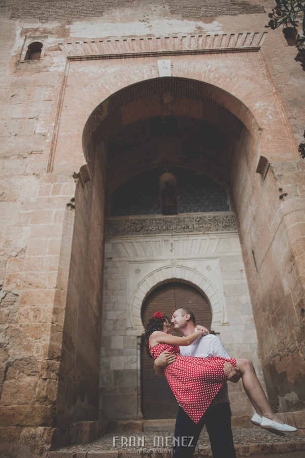 Photographer in Granada. Sesion love in Granada. Wedding photograper in Granada 16