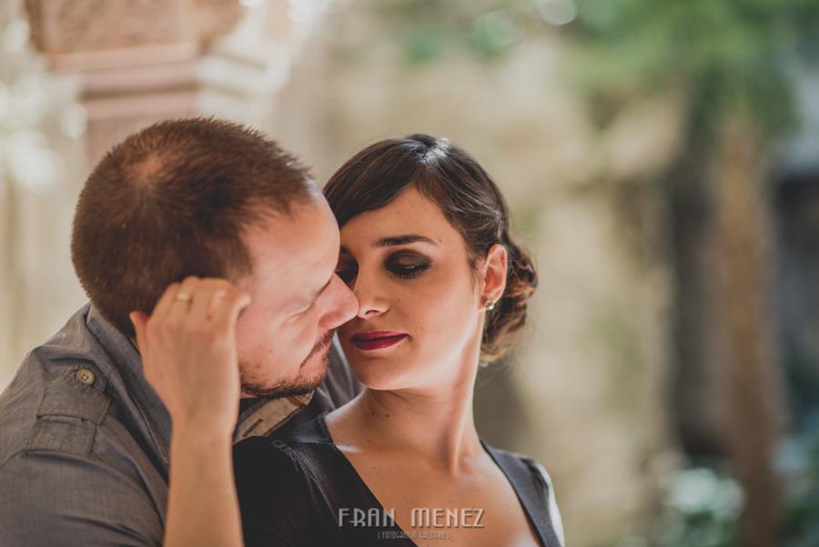 Sesiones de Pareja en Granada. Fran Ménez Fotógrafo en Granada. Love Sesion y reportajes de pareja 33