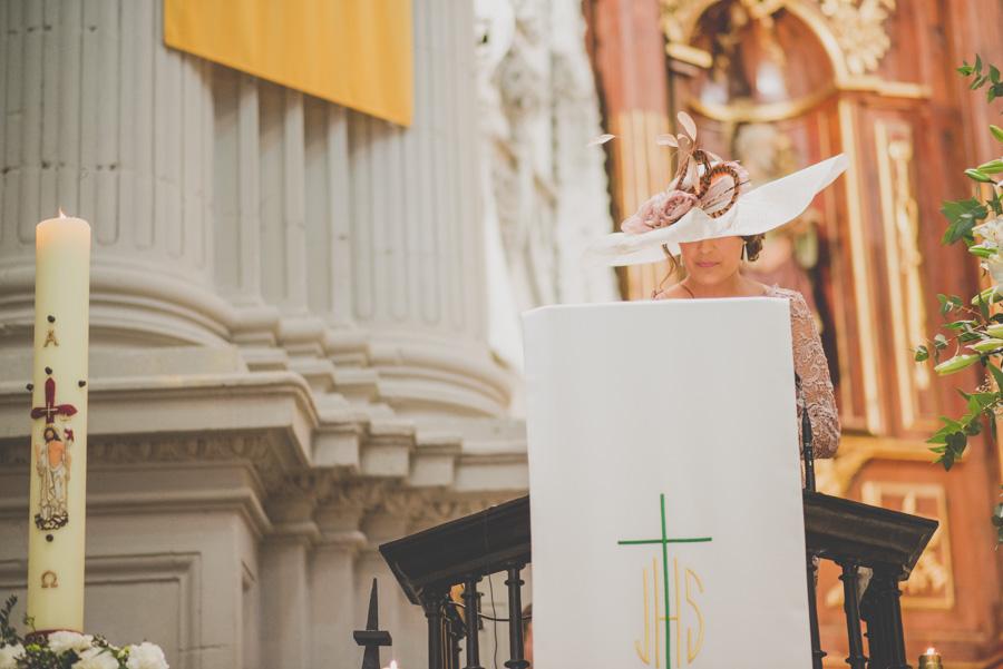 Fran Ménez. Fotógrafo de Bodas en Huescar. Iglesia Santa María La Mayor. Fotografías de Boda Yolanda y Jose 61