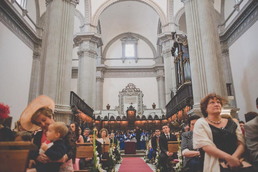 Fran Ménez. Fotógrafo de Bodas en Huescar. Iglesia Santa María La Mayor. Fotografías de Boda Yolanda y Jose 70