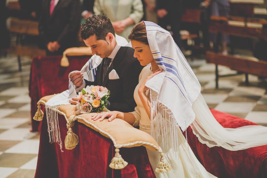 Fran Ménez. Fotógrafo de Bodas en Huescar. Iglesia Santa María La Mayor. Fotografías de Boda Yolanda y Jose 73