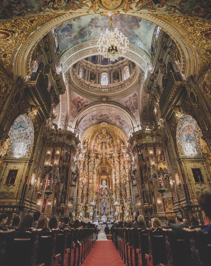 Fotografias de Boda en San Juan de Dios y Carmen de los Chapiteles, Granada. Fran Ménez Reportajes de Boda. Leo y Tomás. 43