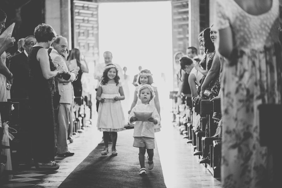 Boda en Iglesia San Matias y Carmen de los Chapiteles. Cristina y Nacho. Fran Ménez Fotógrafo de Bodas en Granada 39