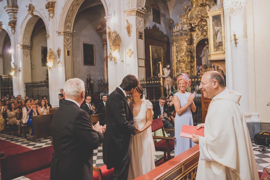 Boda en Iglesia San Matias y Carmen de los Chapiteles. Cristina y Nacho. Fran Ménez Fotógrafo de Bodas en Granada 50