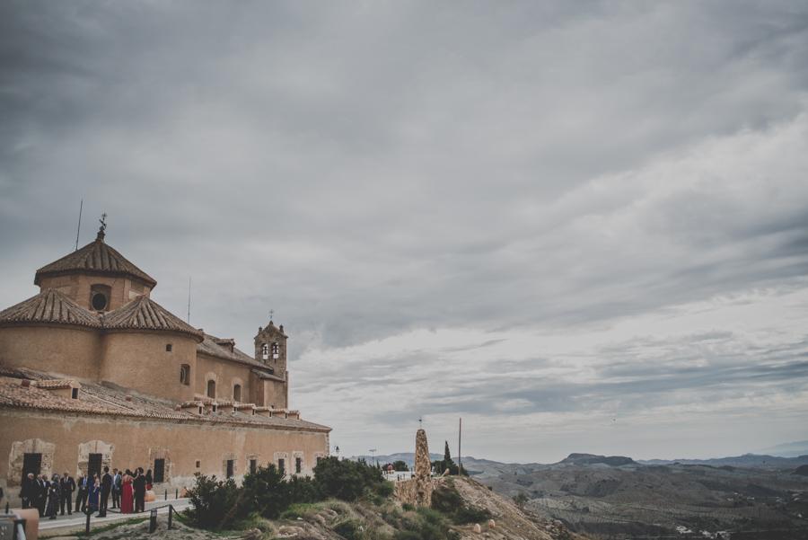 Isa y Justo. Boda en Santuario Virgen del Saliente. Velez Rubio, velez Blanco, Albox y Vera. Fotografo de Bodas 19