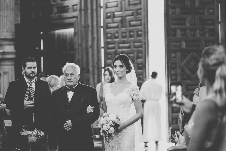 boda-en-carmen-de-los-chapiteles-boda-en-el-sagrario-meritxell-y-juanjo-fotografias-de-boda-fran-menez-41