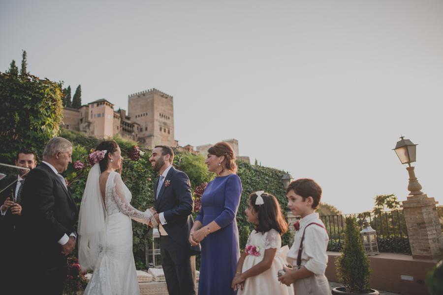 Fotografias de Boda en el Carmen de los Chapiteles. Fran Ménez Fotógrafo de Bodas en Granada. Boda de Lola y Jose