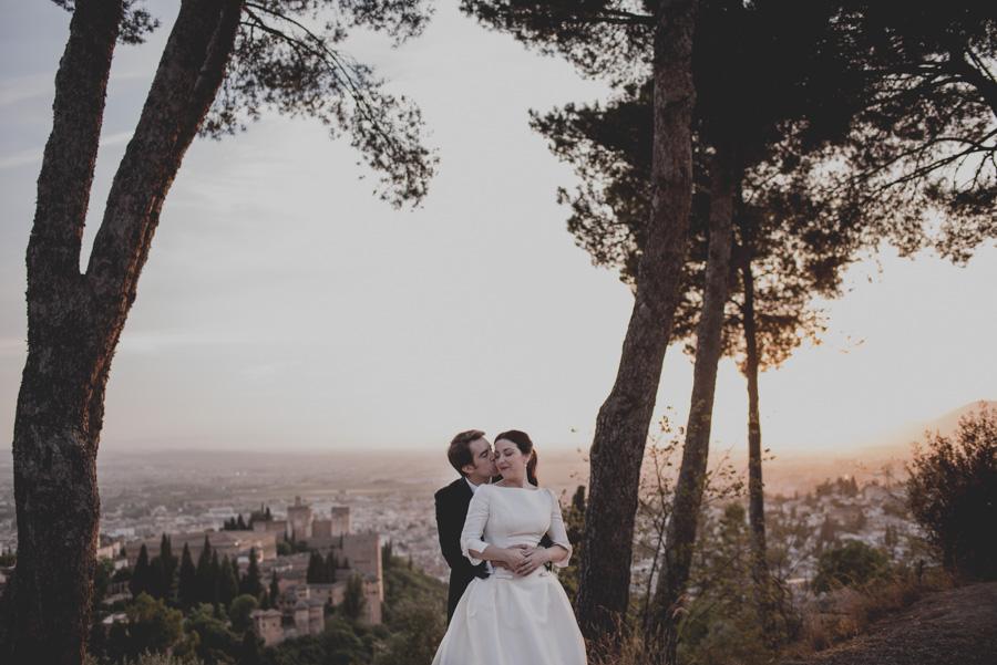 Post Boda en los alrededores de la Alhambra. Fran Menez Fotógrafos de Boda en Granada. 35