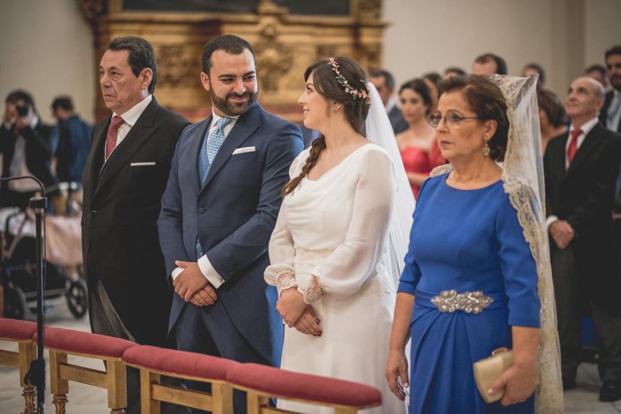 Boda Isabel y Jose Miguel en Hotel Silken Al Andalus Palace Sevilla y Parroquia Corpus Christi. Fotografos de Boda en Sevilla 30