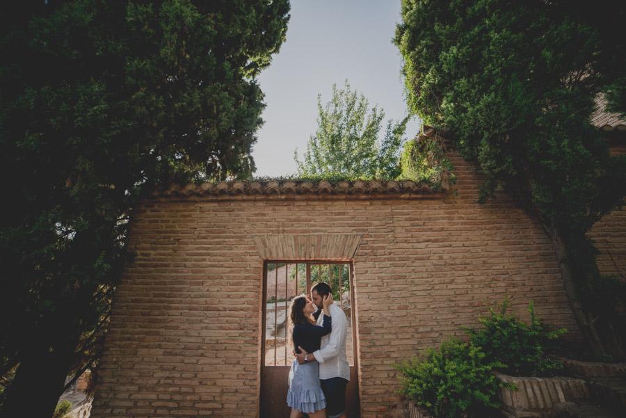Pre Boda de dos Sevillanos en Granada. Isabel y Jose Miguel. Fran Ménez Fotógrafo de Bodas en Sevilla 12