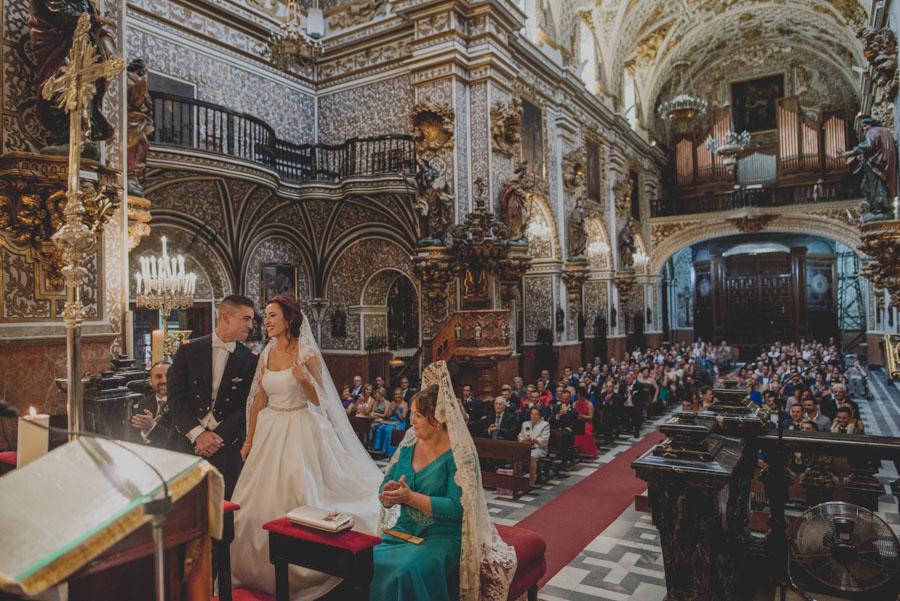 Boda en la Basílica de las Angustias y Cortijo de Enmedio. Alicia y Juan Antonio. Fran Menez Fotógrafo de Bodas 43