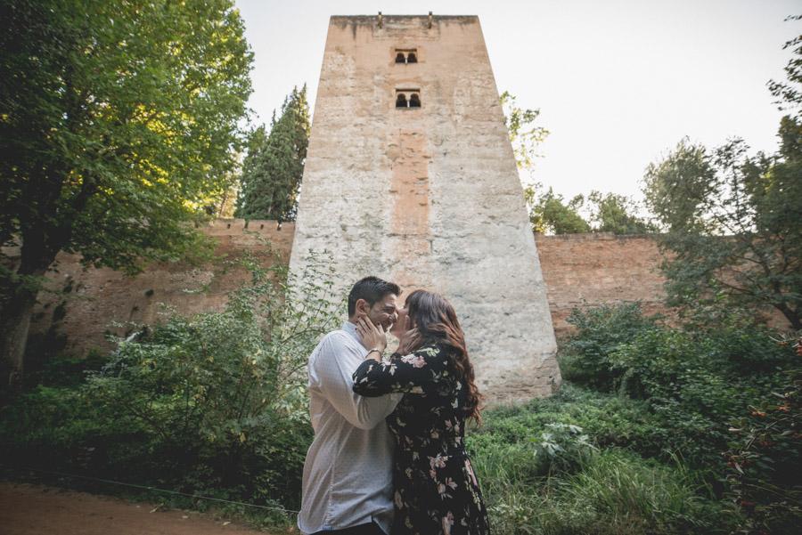 Pre Boda Gema y Mariano. Bosque de la Alhambra. Fran Ménez Fotógrafo de Parejas en Granada 3