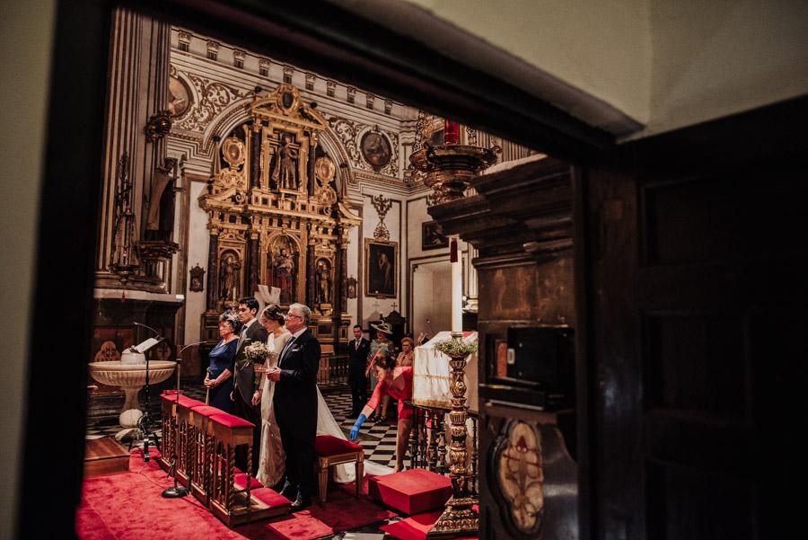 Boda en Parroquia San Justo y Pastor. Boda en el Cortijo de Enmedio. Paula y Alejandro 38